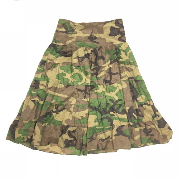 938ed8d266b Dresses   Skirts - Camouflage circle maxi skirt
